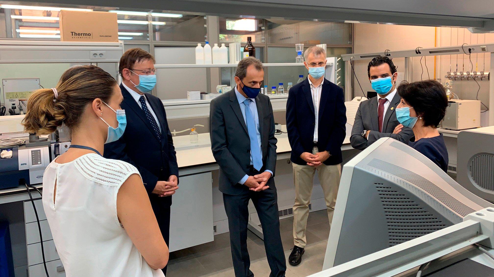 el ministro de ciencia e innovacion visita el IATA_3_ok